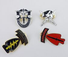 SET UNITED STATES US ARMY SPECIAL FORCES CAP BADGE PIN MILITARY HAT PIN