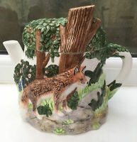 Vintage Village Teapot Collectables. Foxes In Forest By Annie Rowe.