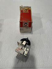 NOS GM 7313424 1970 Buick Heater A/C Vacuum Switch LeSabre Electra Wildcat OEM
