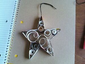 Recycled magazine ornaments, a paper Star Model made from recycled paper