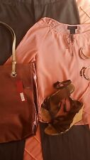 Gorgeous Total Outfit Size 6 Pants Silk Top Sandals Tote Bag Earrings & Bangles