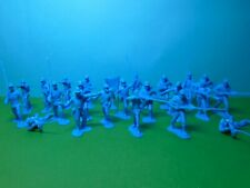 Marx 1/32 scale ACW Union Infantry x22 (medium blue)