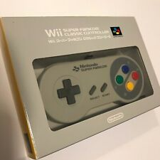 Nintendo Wii Super Famicom / SNES Retro Controller Boxed Classic Japan