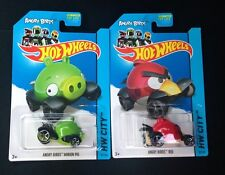 "2014 HOT WHEELS ANGRY BIRDS ""RED BIRD N GREEN MINION PIG"" 2 LOT DIECAST BNIP R2S"