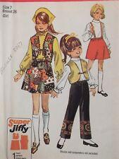 Easy VTG 70 SIMPLICITY 8526 Girls Jiffy Skirt Vest & Pants PATTERN 7/26B UC