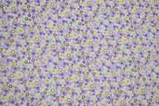 """Quilt Fabric Tri-Color Flowers Print Craft Apparel Sewing 45"""" Wide #122"""