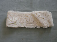 French Antique Edging For Tablecloth Bobbin Lace Linen Vintage Le Puy en Velay