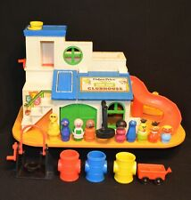 FISHER PRICE LITTLE PEOPLE #937 SESAME STREET CLUBHOUSE W/TIRE SWING & EXTRAS