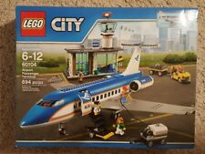 NEW IN BOX LEGO CITY AIRPORT PASSENGER TERMINAL 60104
