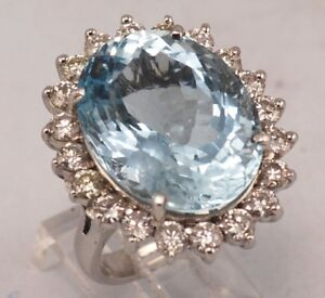 14 karat white gold AQUAMARINE / DIAMOND RING