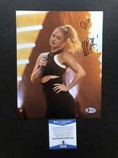 Iliza Shlesinger autographed signed 8x10 photo Beckett BAS COA Sexy Comedian Hot