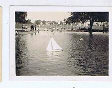 MODEL POND YACHT ORIGINAL VINTAGE OLD PHOTOGRAPH 8x6cm RH2
