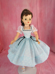 Madame Alexander Cissy Doll Brunette Updo in Reproduction Dress & Accessories