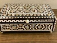 """Egyptian Handmade Wood Jewelry Box Inlaid Mother of Pearl (8""""x5.2"""")"""