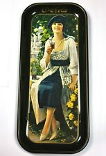 Schönes Coca-Cola Coke Blech Tablett USA Serviertablett 49 cm Lady m. blauem Hut