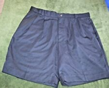 Mens size 36 New Golf shorts from Geneva Golf Black pleated front