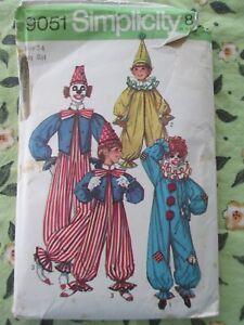 Vtg Simplicity Pattern 9051 Size Childs 2 - 4 Clown Costume 1970