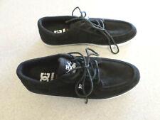 DC Shoe Co.black super suede skateboarding shoes. Men's 10 (eur 43)