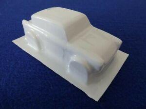 Ford Anglia 1/32 model slot car body