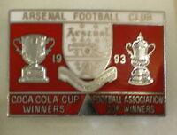 ARSENAL FOOTBALL CLUB - COCA COLA & F.A CUP WINNERS 1993 Enamel Pin Badge