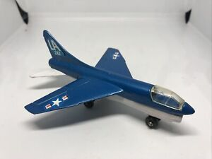 Vintage 1973 Matchbox Skybusters Diecast Corsair A7D Airplane Toy Blue