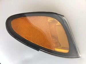 2002 03 04 2005 BMW E46 325i 330i WAGON CORNER LIGHT RIGHT SIDE 017165860 OEM