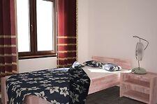 Moderne Bettgestelle ohne Matratze zum Zusammenbauen
