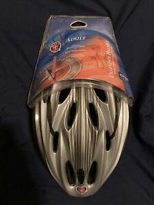 schwinn defender helmet W/detachable Visor Adult bicycle helmet - new with tags