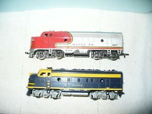 ATHEARN HO 'F7A Non-Powered Diesel Engine' + BACHMANN HO Powered F7A-runs poorly