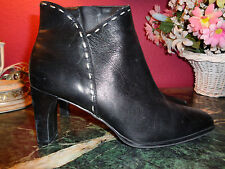 "MARKON black leather ankle boots 8.5M w/white stitching 3"" heel excellent cond."