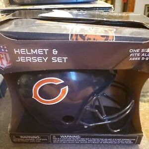 NFL- Chicago Bears Helmet and Jersey Set, (Size: Ages 5-9) Brand NEW