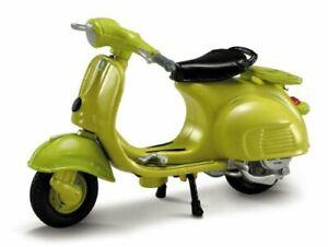Vespa 125 (1960), NewRay Motorcycle Model 1:3 2 (1)