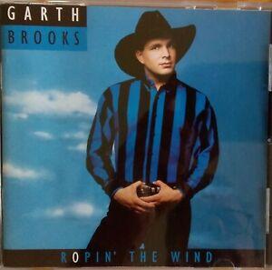 Garth Brooks / Petula Clark - Misspressing.1991 Aussie CD. Plays Treasures Vol 1