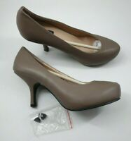 Sergio Todzi size 5 (38) brown faux leather slim heel court shoes