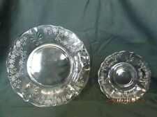 Set of 2 Glass Luncheon Plates and 2 Saucers #234