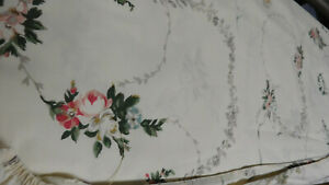 Vintage Windmere by Ralph Lauren-Twin Fitted-Soft and Lovely-Flowers on White