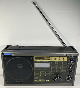 Magnavox D2935 PLL Synthesized World Receiver Free Shipping