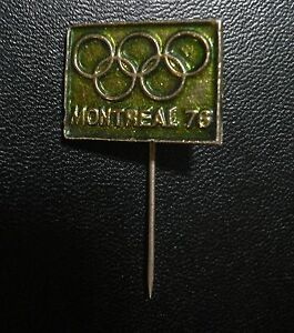 1976 OLYMPIC GAMES MONTREAL OLYMPIC CIRCLES MONTREAL 76 GREEN PIN BUTTON No8