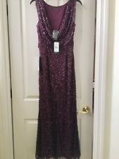 Adrianna Papell floor length beaded evening gown size 6 never worn