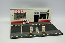 Diorama 1/43 - Station Total 2 pompes Maltaverne Résine Plâtre