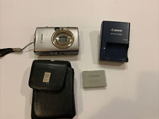 Canon PowerShot Digital ELPH SD800 IS with charger, scuba case, 8GB SD-card Used