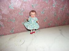Alte Puppe-Mädchen-Ari-Kaufladen-Puppenhaus-Puppenstube-Kinderzimmer-doll-poupee