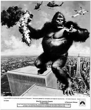 KING KONG -1976- Original Glossy Photo #1 - JESSICA LANGE - KONG on TWIN TOWERS!
