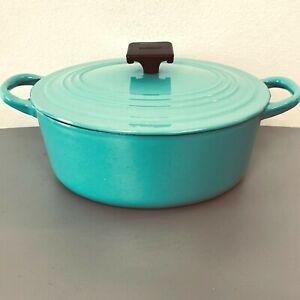 Vintage Le Creuset Dutch Oven Paris Blue Turquoise A 2-Quart Oval Ribbed PY3