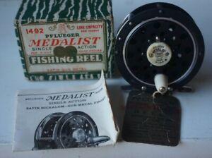 VINTAGE PFLUEGER MEDALIST 1492 FLY FISHING REEL W/ BOX MANUAL INSTRUCTIONS USA