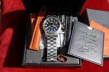 Fortis B42 Automatic Day / Date & GMT Pilot Professional Gentleman's watch.