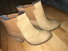 Womens Aldo Shoes Heel Boots Cream Snakeskin Size 4