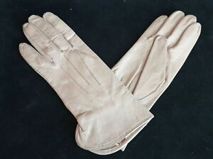 A Near Mint Pair of WW-II Home Front Ladies' Faux Leather Gloves w/Utility Mark