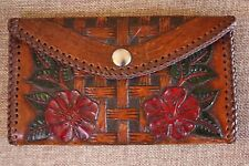 A Tooled Leather Lace Basket Weave Western Floral Trifold Clutch Billfold Wall