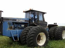 Ford versatile 946 Tractor